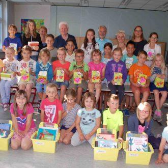 Bücherspende des Rotary Club Usingen